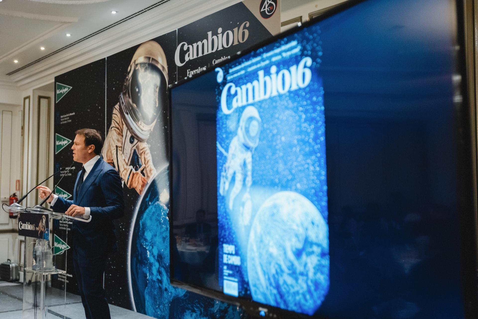 Ángel_Santamaría_Entrega_Premios_Cambio_16_20112018_0145